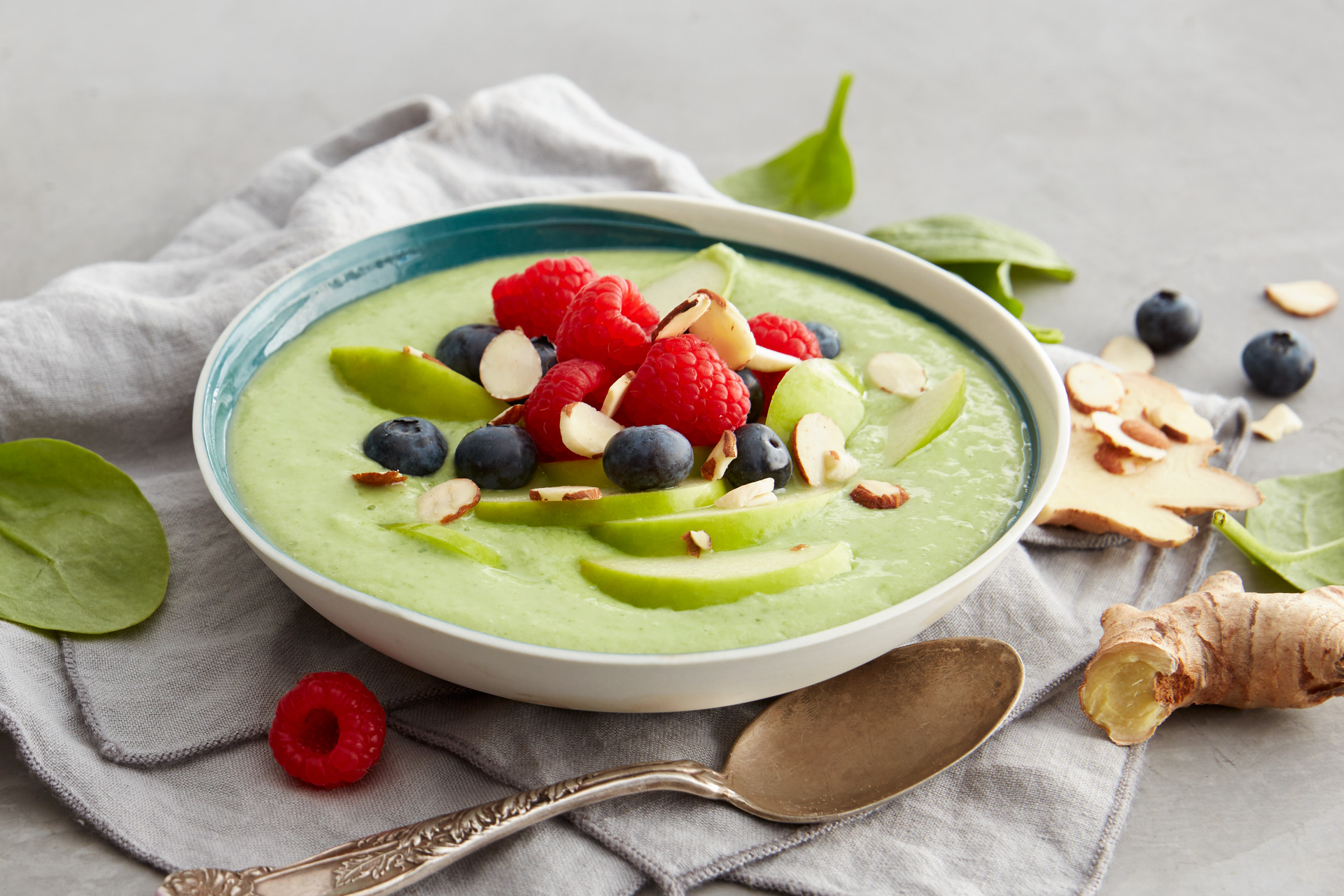 Smoothie bowl med avokado