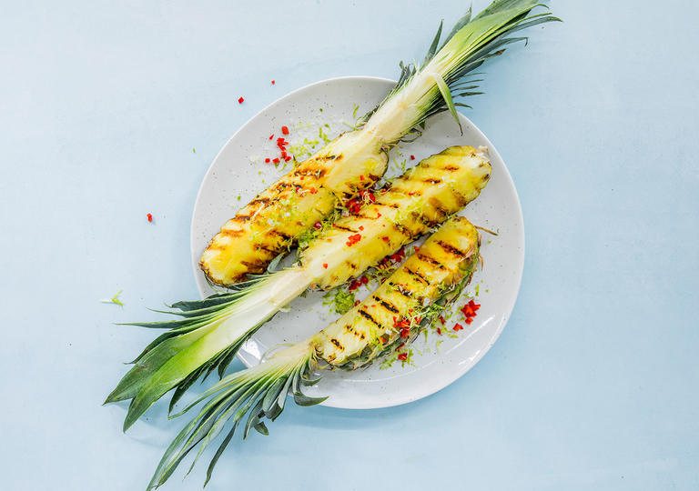 Grillet ananas med chili-lime-salt