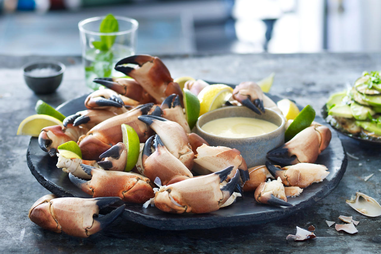 Crab Claws with Mustard Dipping Sauce